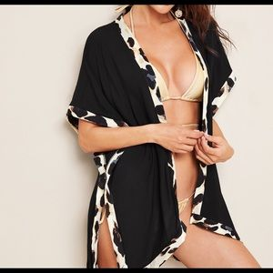 Other - ❤️LAST ONE❤️ Batwing Kamino bathing suit cover up